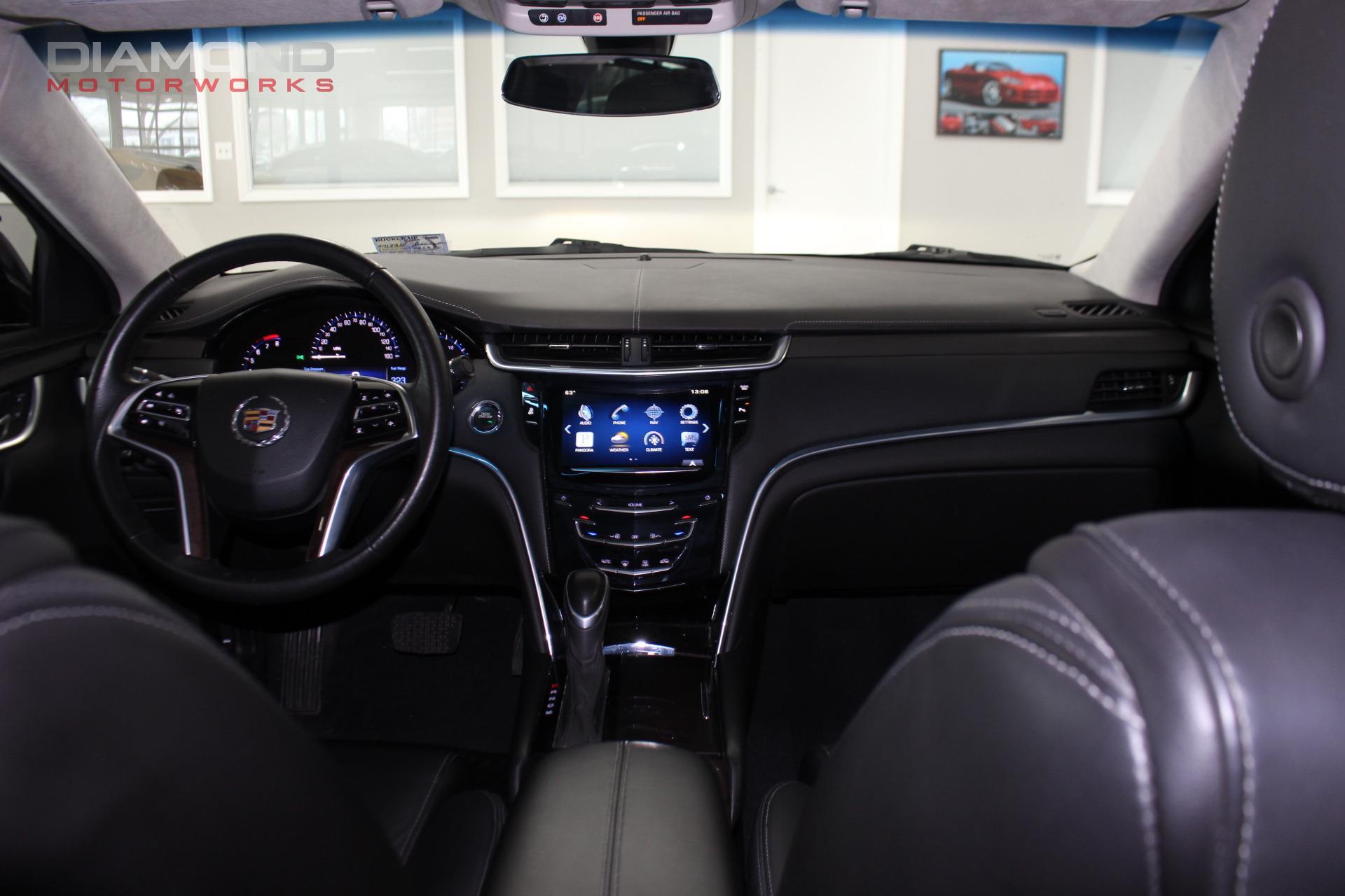 Used-2015-Cadillac-XTS-Pro-Livery