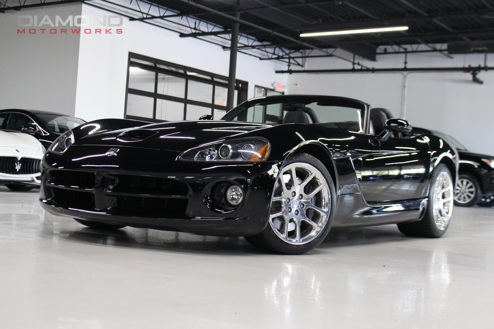 Used-2003-Dodge-Viper-SRT-10