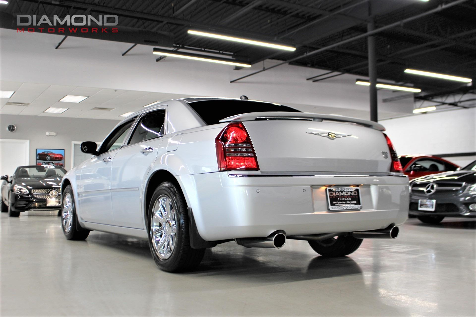 Used-2005-Chrysler-300-C