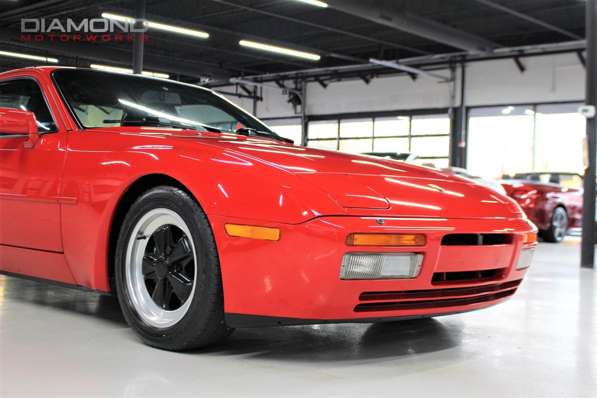 Used-1986-Porsche-944-Turbo
