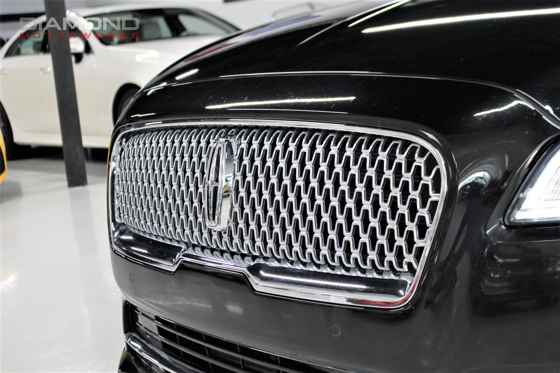 Used-2017-Lincoln-Continental-Reserve