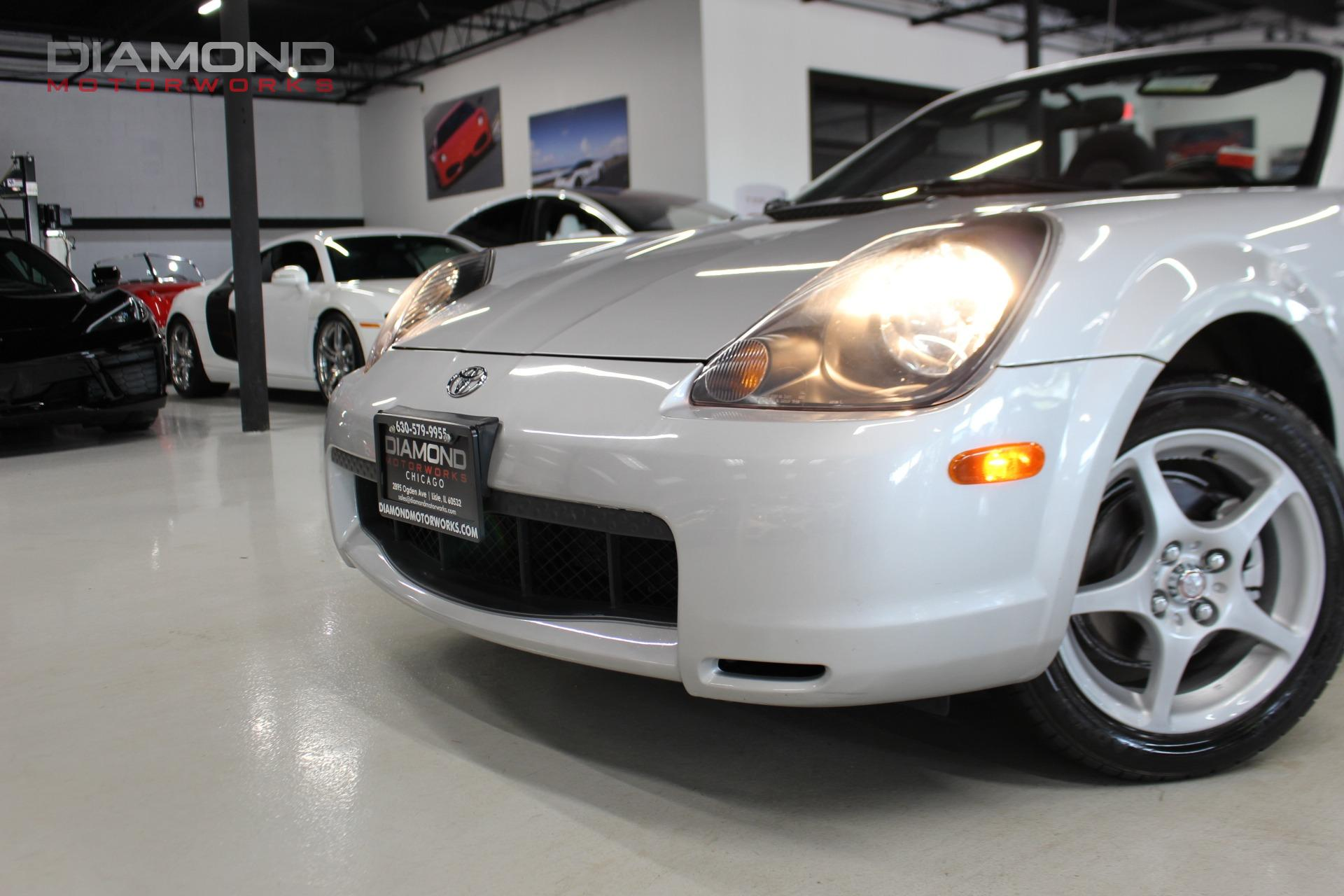 Used-2002-Toyota-MR2-Spyder