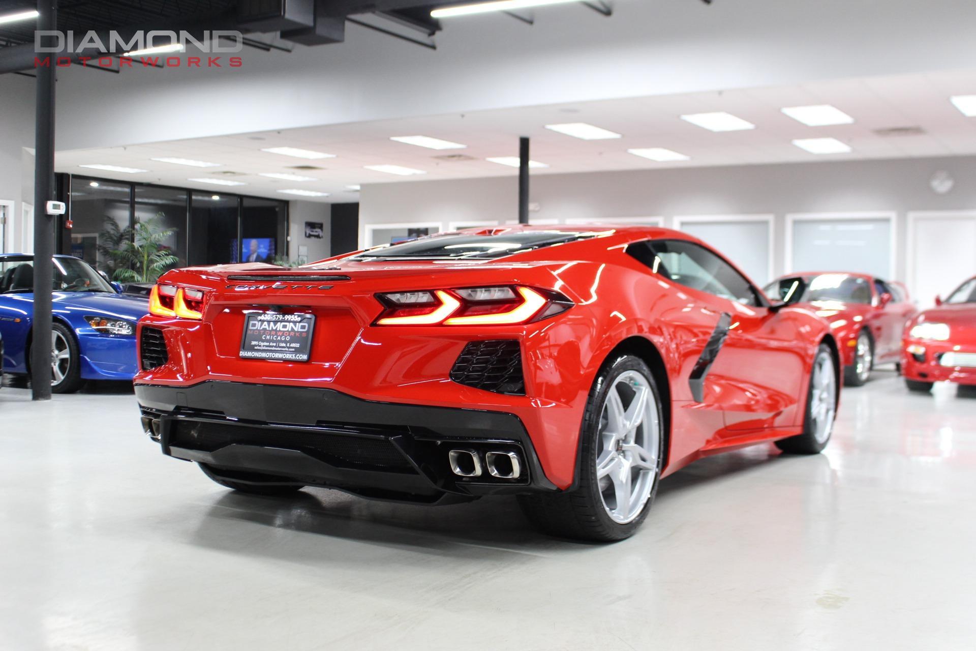 Used-2020-Chevrolet-Corvette-Stingray