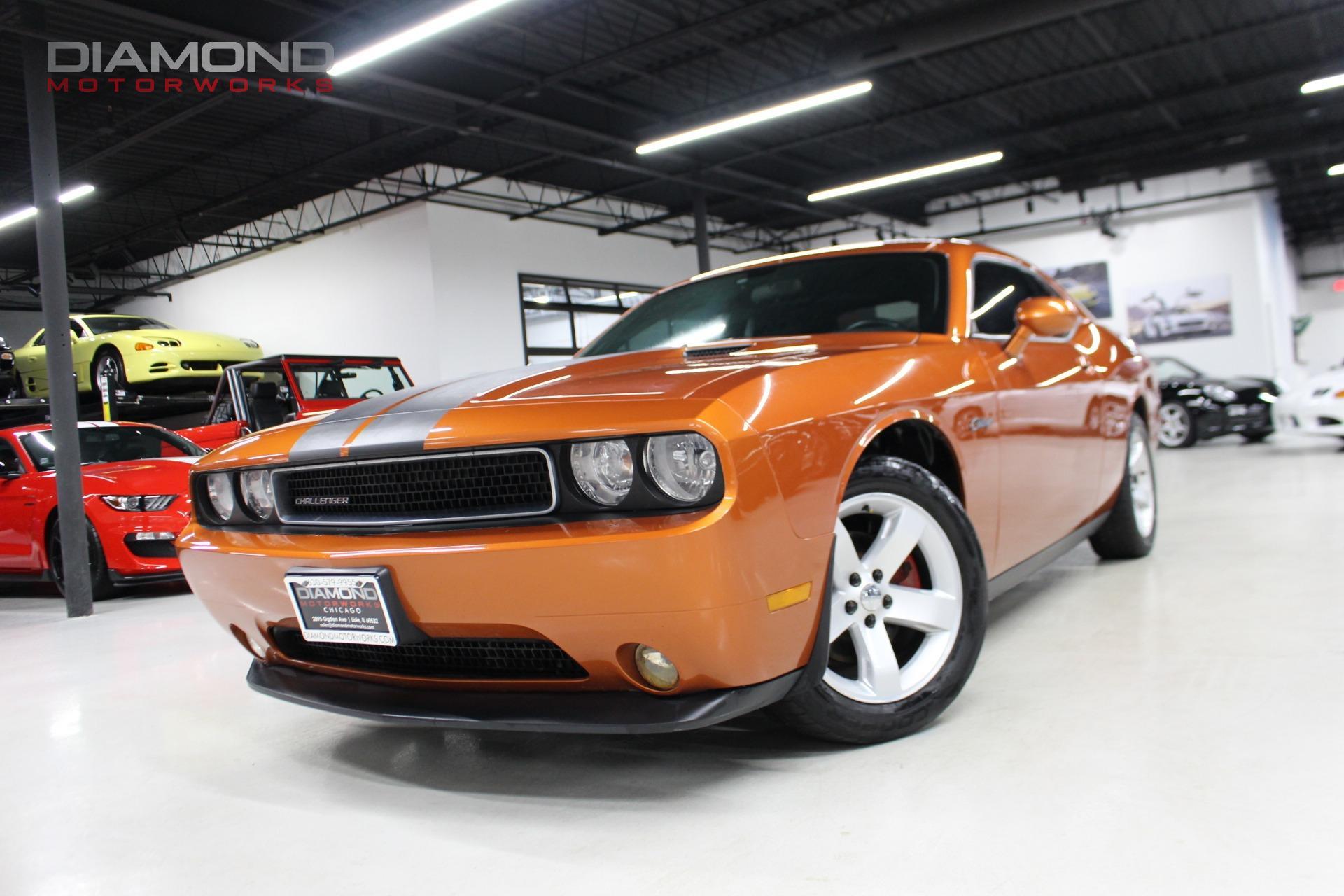 Used-2011-Dodge-Challenger-SE