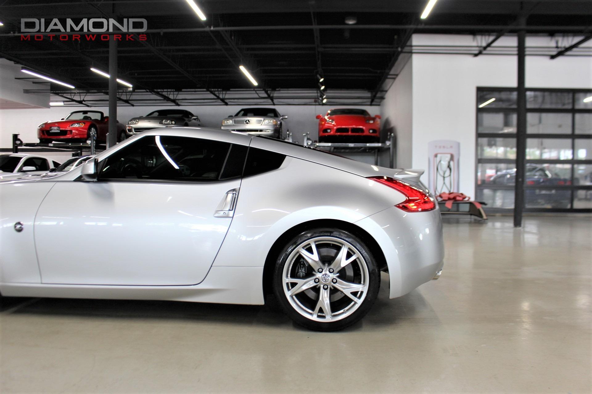 Used-2012-Nissan-370Z