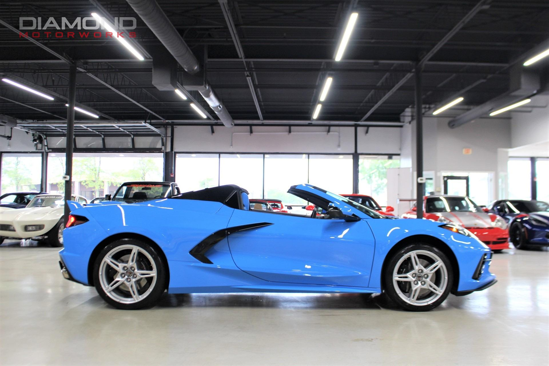 Used-2021-Chevrolet-Corvette-Stingray-Convertible