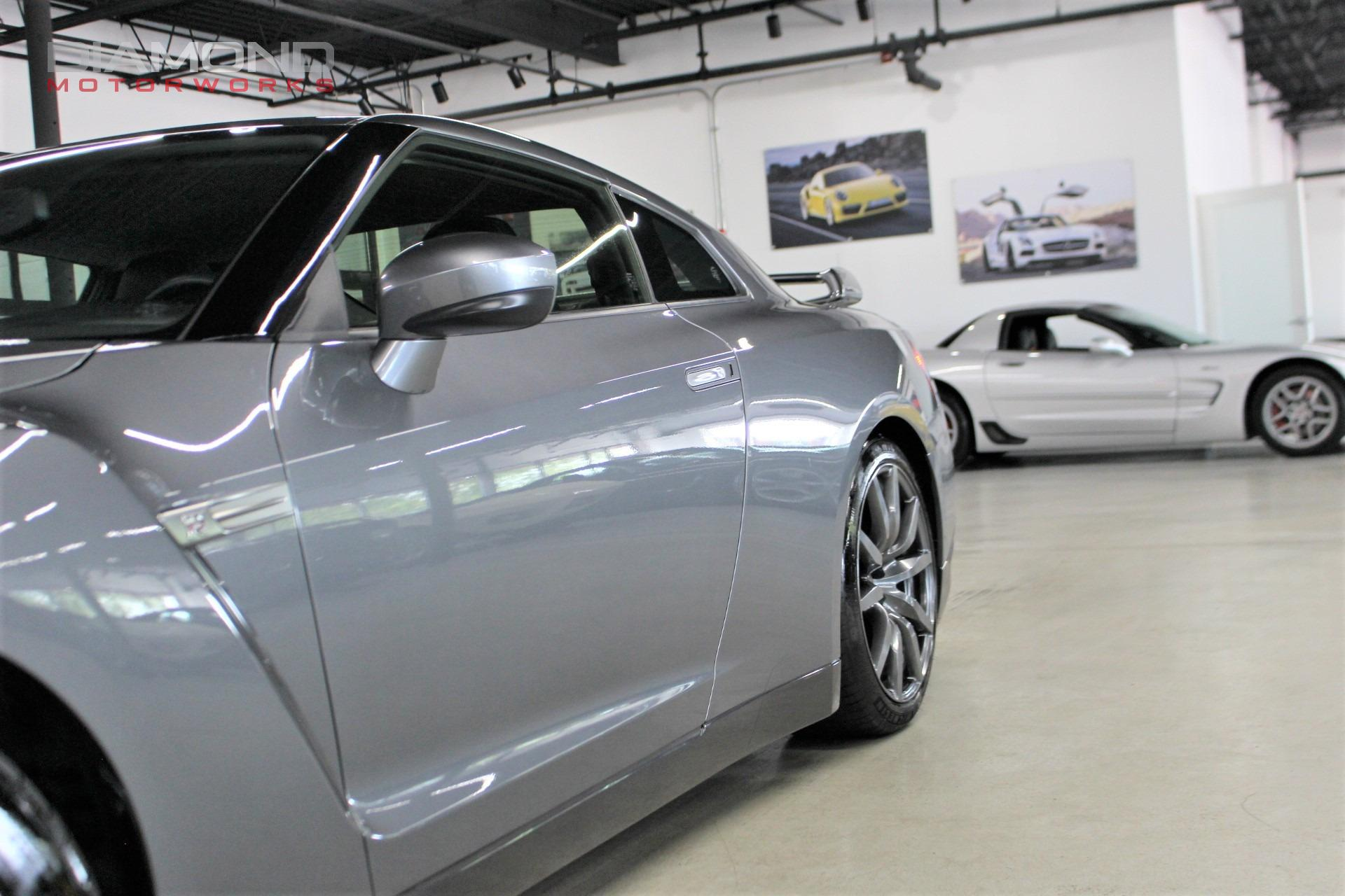 Used-2014-Nissan-GT-R-Premium