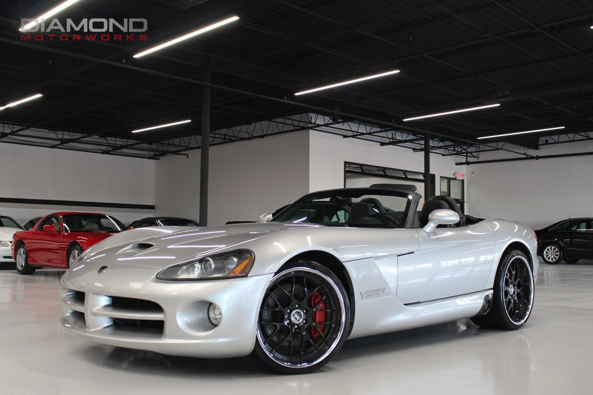 Used-2004-Dodge-Viper-2dr-Convertible-SRT10