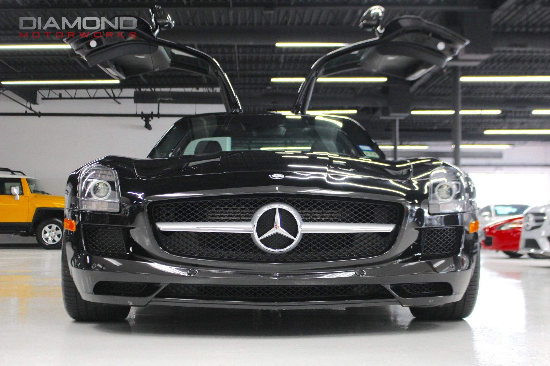 2012 mercedes benz sls amg gullwing coupe stock 006389 for sale near lisle il il mercedes. Black Bedroom Furniture Sets. Home Design Ideas